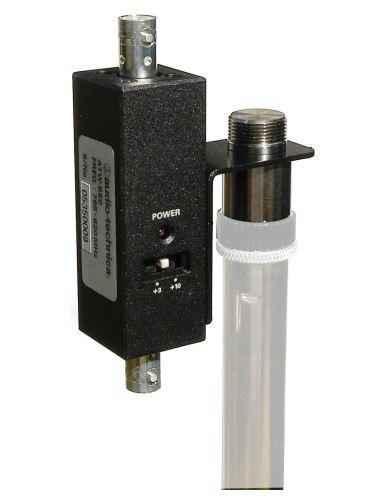 Audio-Technica ATW-B80G -Pár anténních zesilovačů pro systémy UHF v pásmu 721.500 - 746.375 MHz